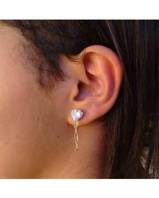 Brinco Ear Cuff de Coração com Piercing e Corrente Cartier Folheado em Ouro 18K