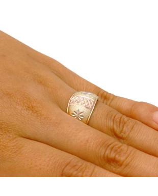 Anel modelo escravo com detalhes folheado em ouro 18k