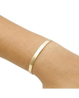 Bracelete fino com a escrita Paz semi joia banhada em ouro 18k