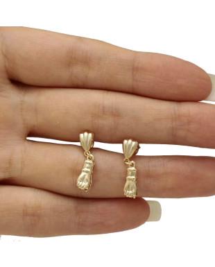 Brinco Pequeno Dourado com Pingente de Figa Folheado em Ouro 18K